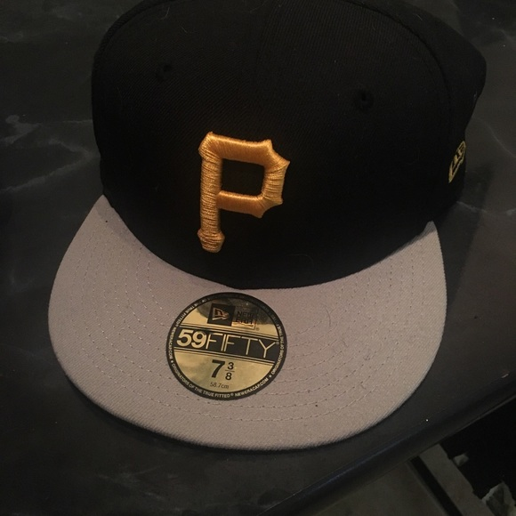 39c2a6c6 Pittsburgh Pirates New Era fitted hat.